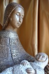 mary-child-statue-wood